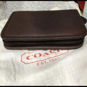 Coach day planner organizer tan leather